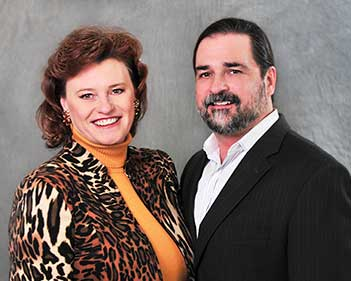Mariann and Andy Montgomery - The Montgomery Team